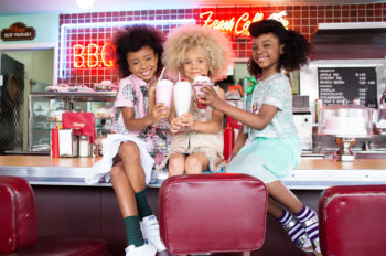 CurlyKids: Diner Friends